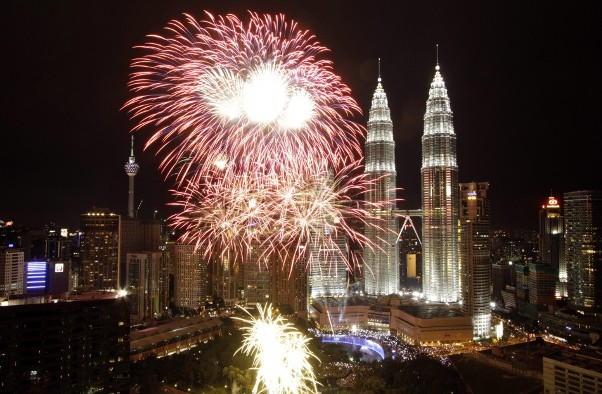 Kuala Lumpur New Years Eve 2018 Fireworks