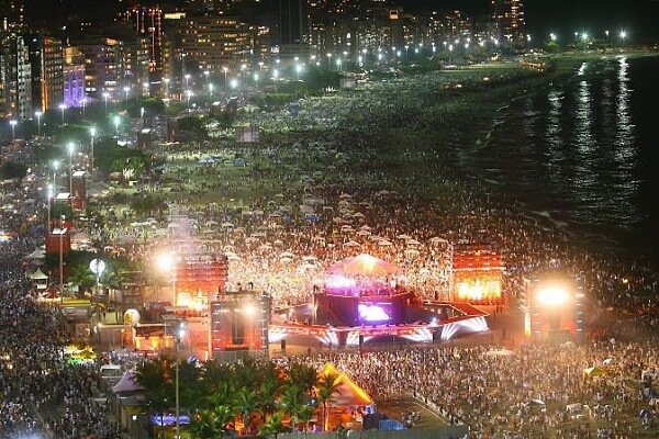 Rio de Janeiro New Years Eve 2019 Hotel Packages, Events, Hotel Deals, Parties, Fireworks Live Streaming Tips, and Tourist Attractions