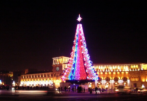 Yerevan New Years Eve 2018 Events, Hotels Packages, Fireworks, Night Clubs, Bars, and Live Streaming Tips