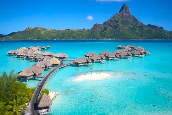 Bora Bora New Years Eve 2019 Hotel Packages, Events, Hotel Deals, Parties, and Fireworks Live Streaming Tips