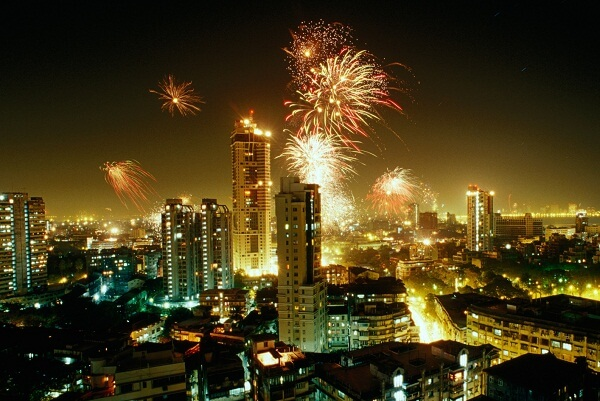 Mumbai New Years Eve 2019 Party Places, Hotel Packages, Deals, Travel, Events, Fireworks, Celebration Places, Live Streaming Tips and More