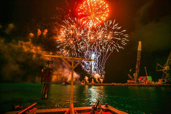 George Town Cayman Islands New Years Eve 2019 Events, NYE Party Places, Fireworks Live Streaming Tips, Hotel Packages and Hotel Deals